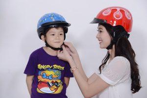 Những lí do nên chọn mũ bảo hiểm quà tặng