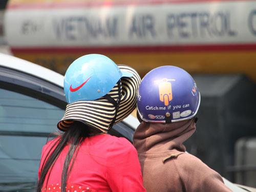 Tìm trạng đội mũ bảo hiểm kém chất lượng vẫn xuất hiện thường xuyên