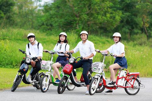 Mua xe đạp điện được tặng mũ bảo hiểm