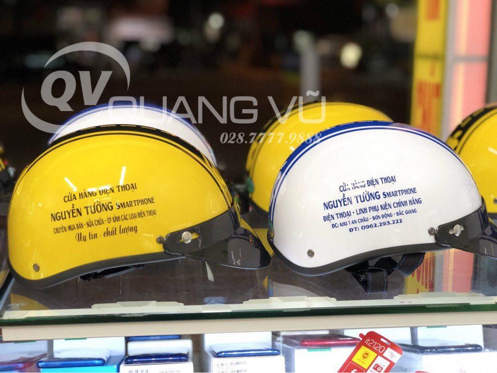 Mũ bảo hiểm in thông tin làm quà tặng