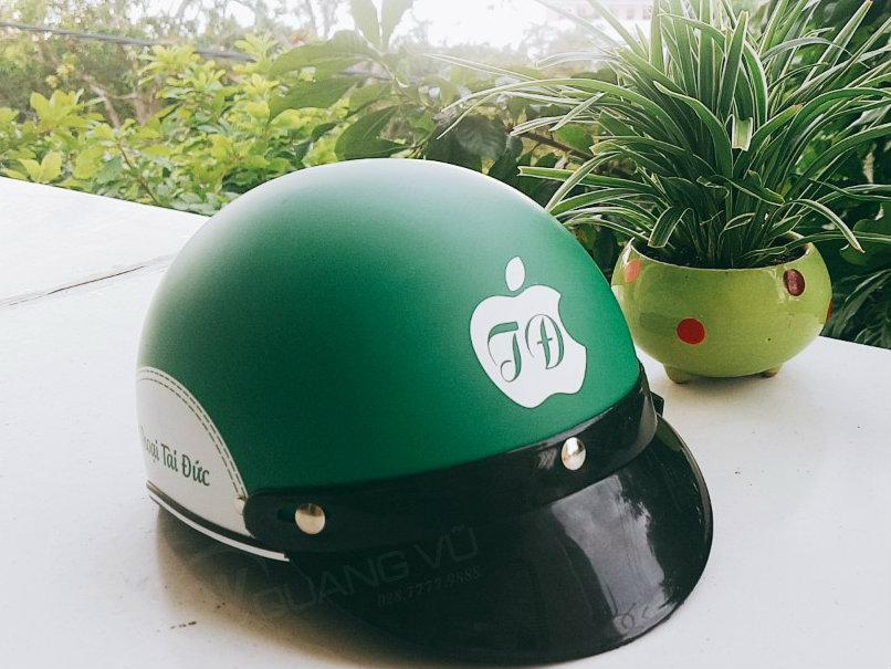 Mũ bảo hiểm quảng cáo Quang Vũ chất lượng