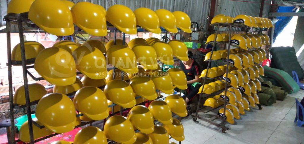 Lựa đơn vị sản xuất và cung cấp mũ bảo hiểm uy tín