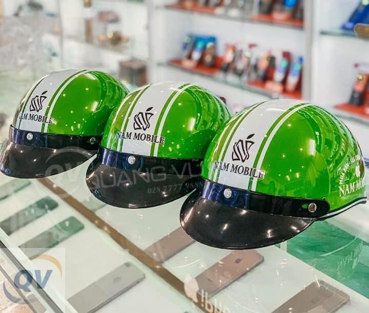Hình thức của mũ bảo hiểm quảng cáo thông tin vô cùng quan trọng
