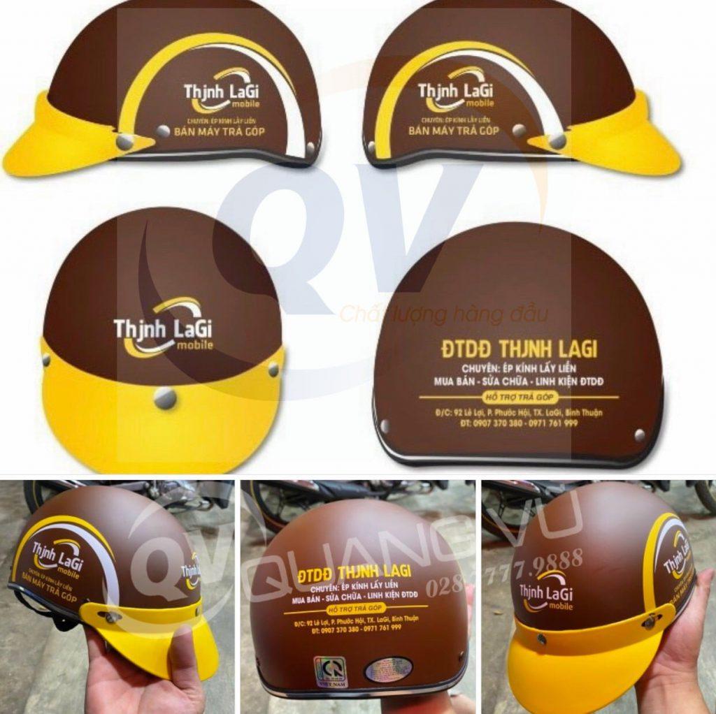 Công ty Quang Vũ đảm bảo yếu tố chất lượng và mẫu mã trên từng mũ bảo hiểm quảng cáo in thông tin