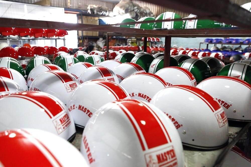 xưởng sản xuất nón bảo hiểm tại Hà Nội